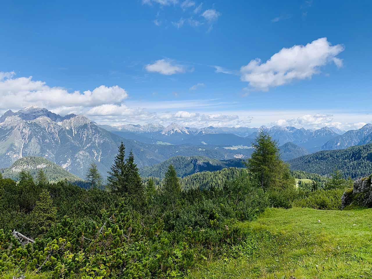 Vista montagna rifugio Ciareido