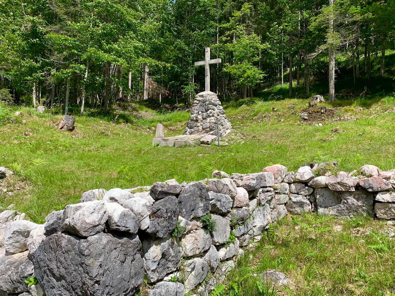 Auronzo-storia-Val-Marzon-cimitero-militare-grande-guerra-Cason-de-la-Crosera