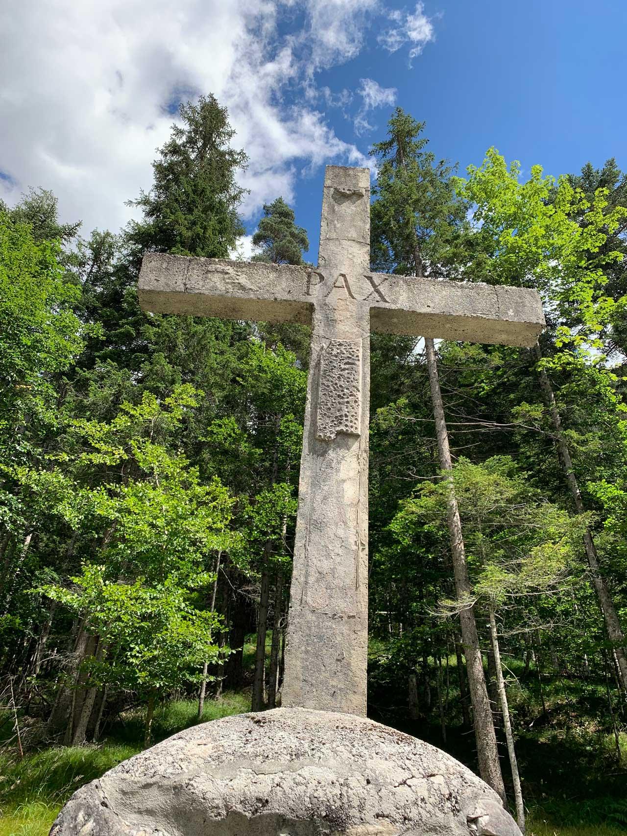 Auronzo-storia-Val-Marzon-croce-cimitero-guerra-1917
