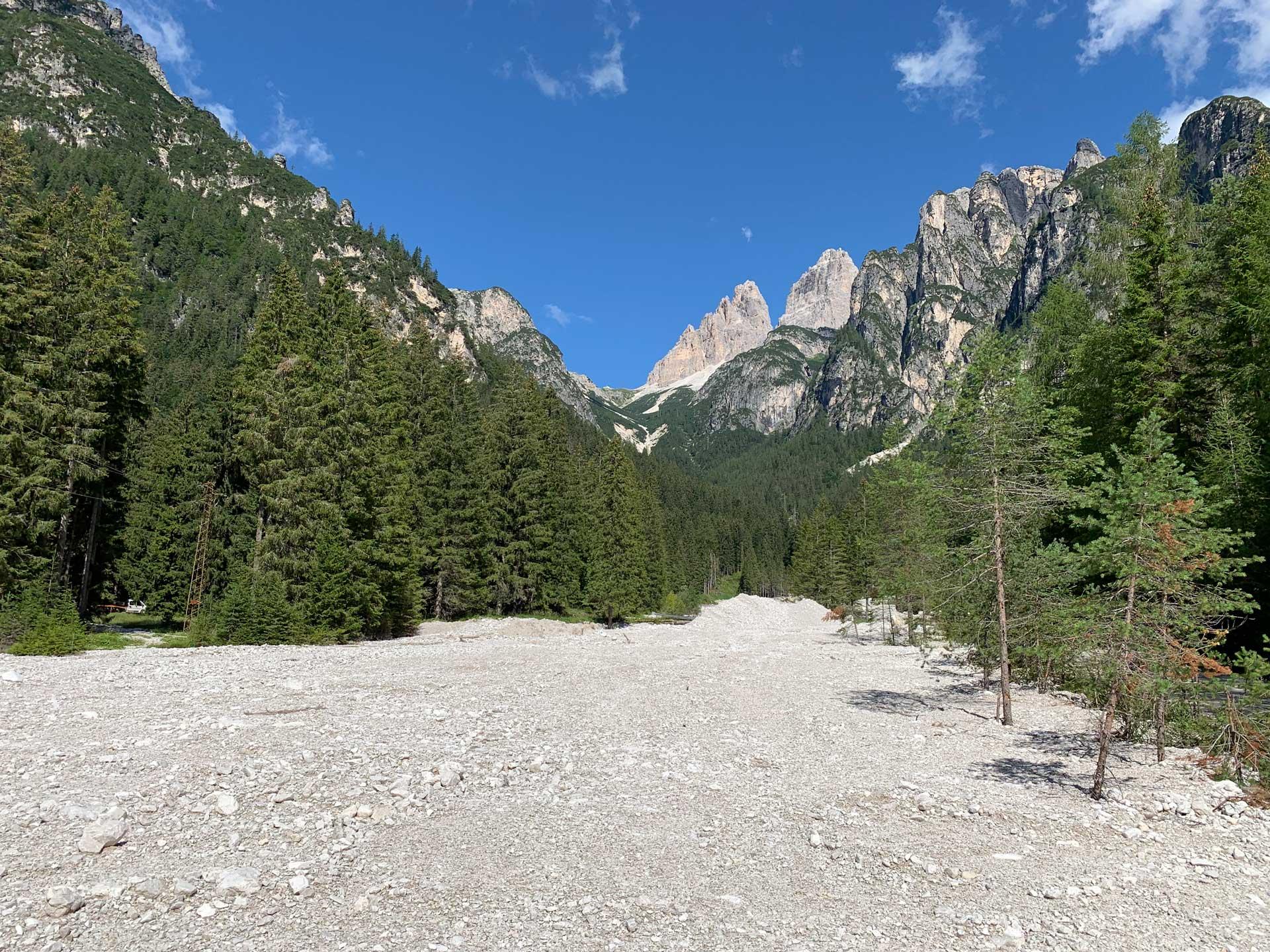 Auronzo di Cadore salita verso la Val Marzon e Cason de le Crosera
